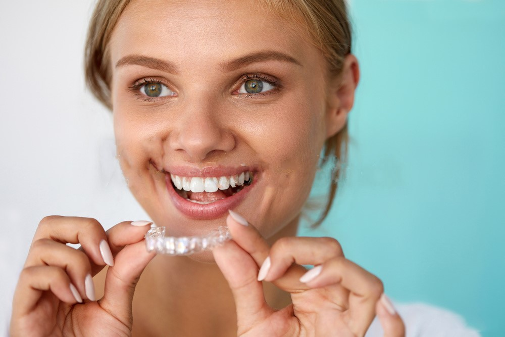 Excessive Use Of Whitening Gels Results In Tooth Sensitivity