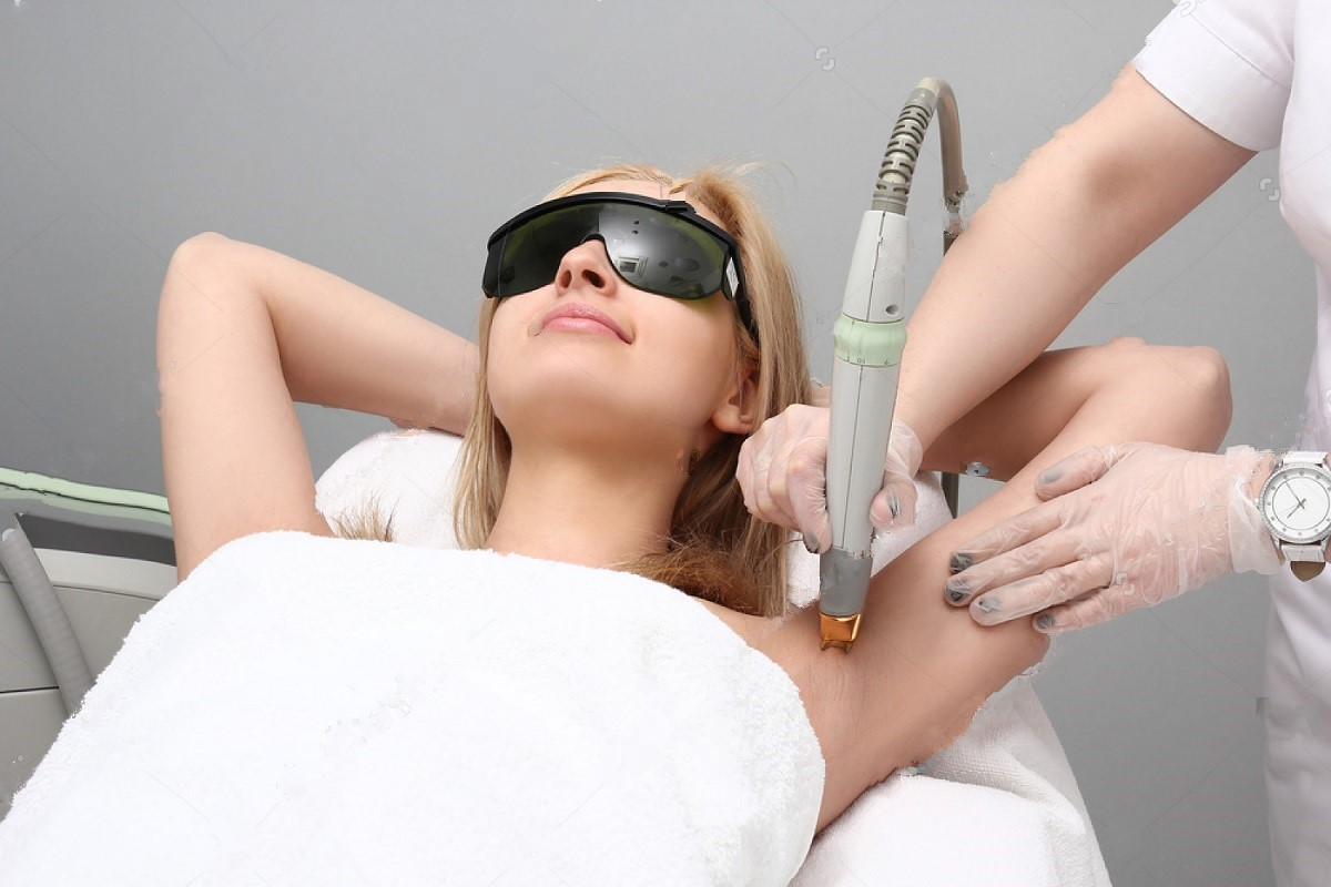 Advantages And Disadvantages Of Laser Technology In Removing Dark Spots