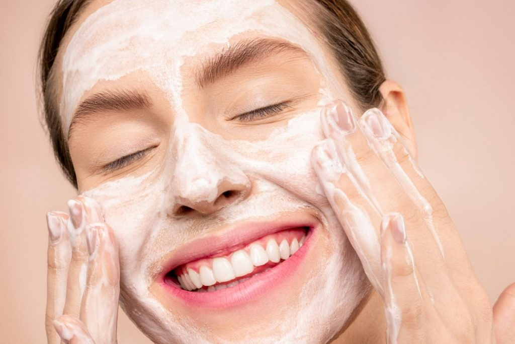 Is There A Natural Acne Cure That Works?